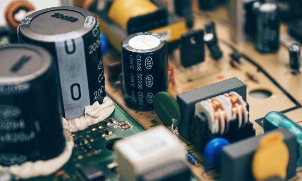 circuit, circuit board, resistor